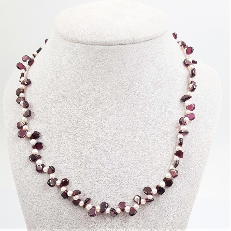 Single Strand Freshwater Pearl And garnet Necklace