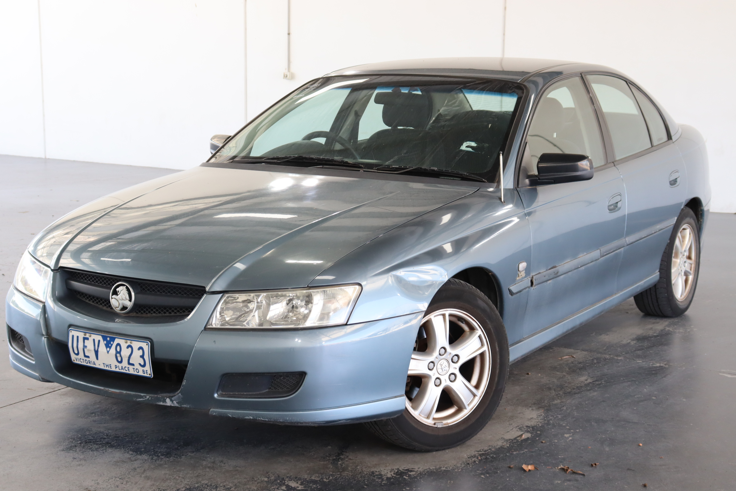 2004 Holden Commodore Executive VZ Automatic Sedan