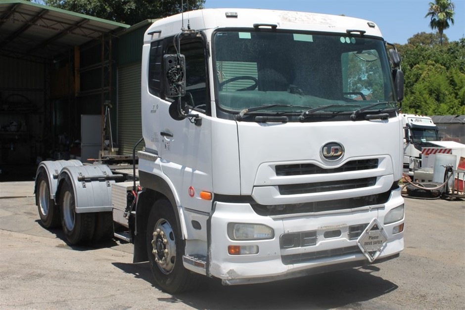 2009 UD GWB4D B-Double Prime Mover Truck