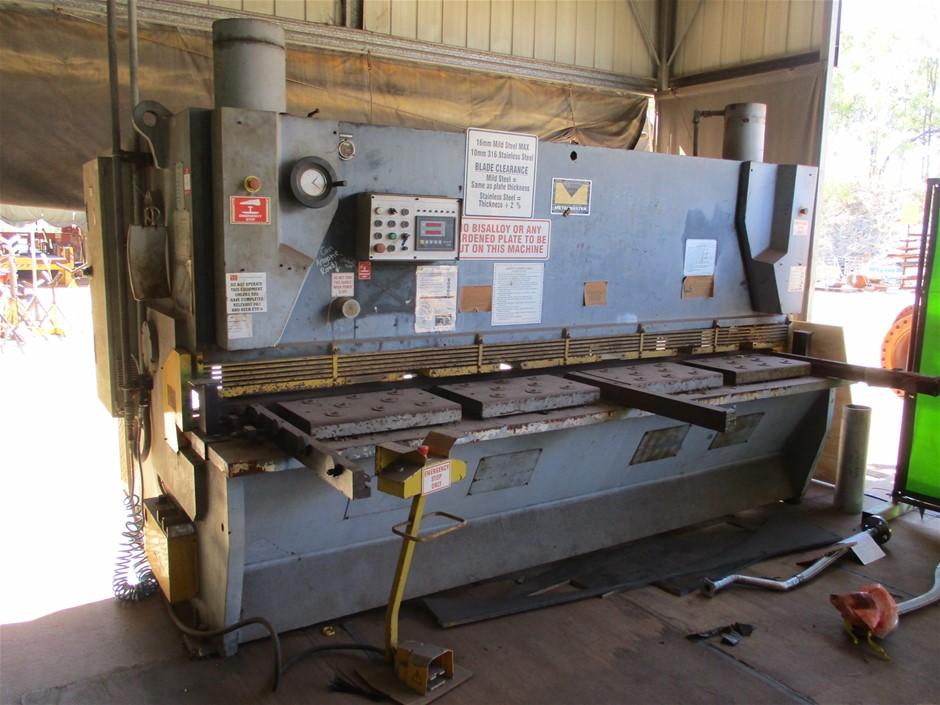 Metalmaster Hydraulic Guillotine Shear