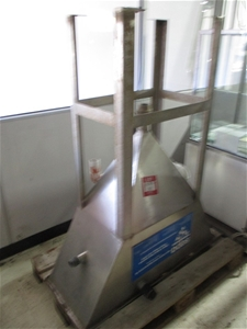 Sepa Stainless Steel Grease Trap on Stan