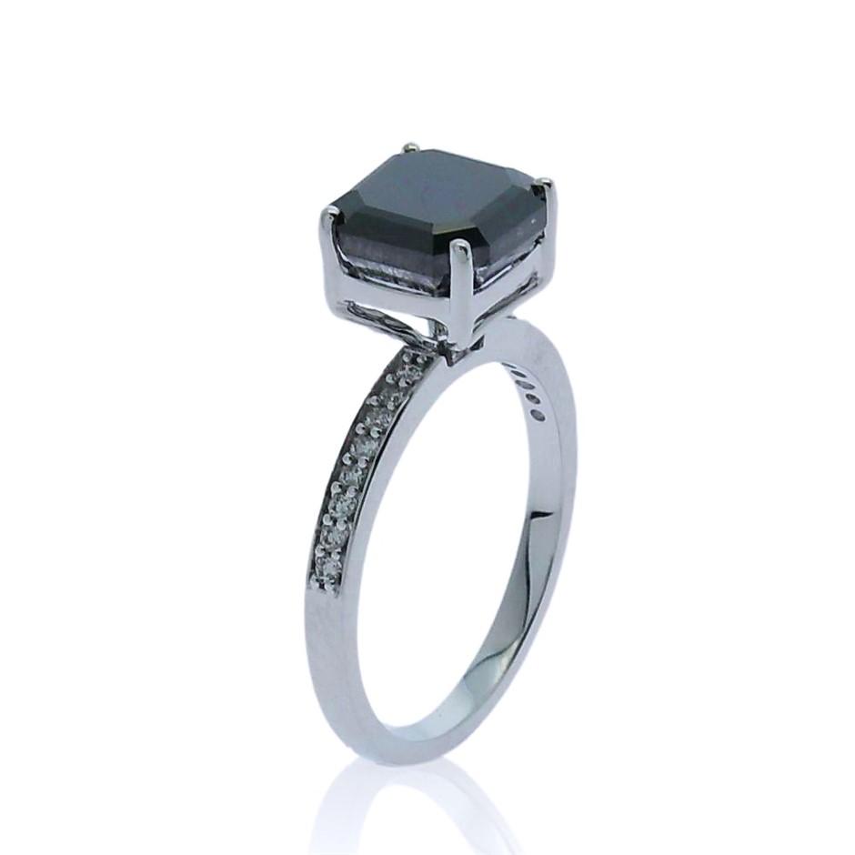 18ct White Gold, 3.77ct Diamond Engagement Ring