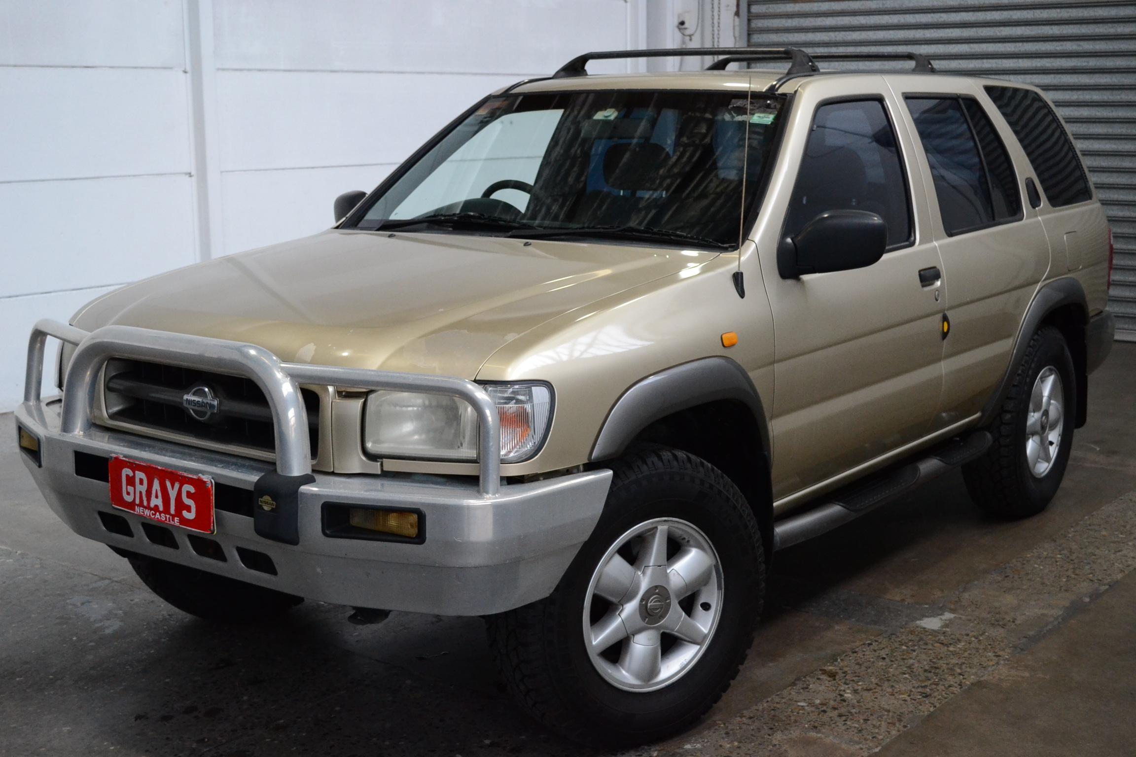 2000 Nissan Pathfinder Automatic wagon