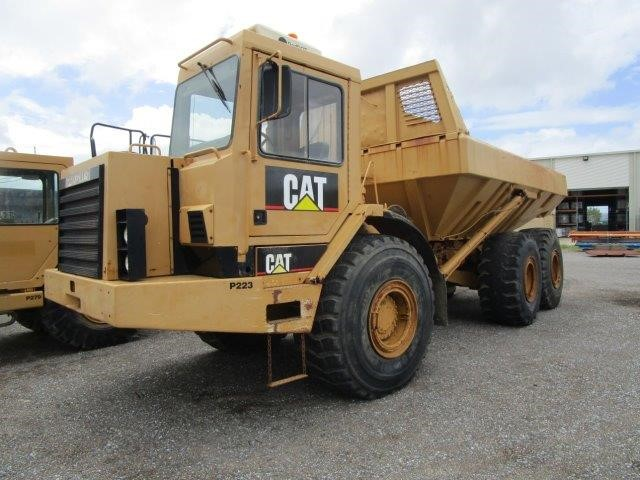 Caterpillar D350D Articulated Dump Truck