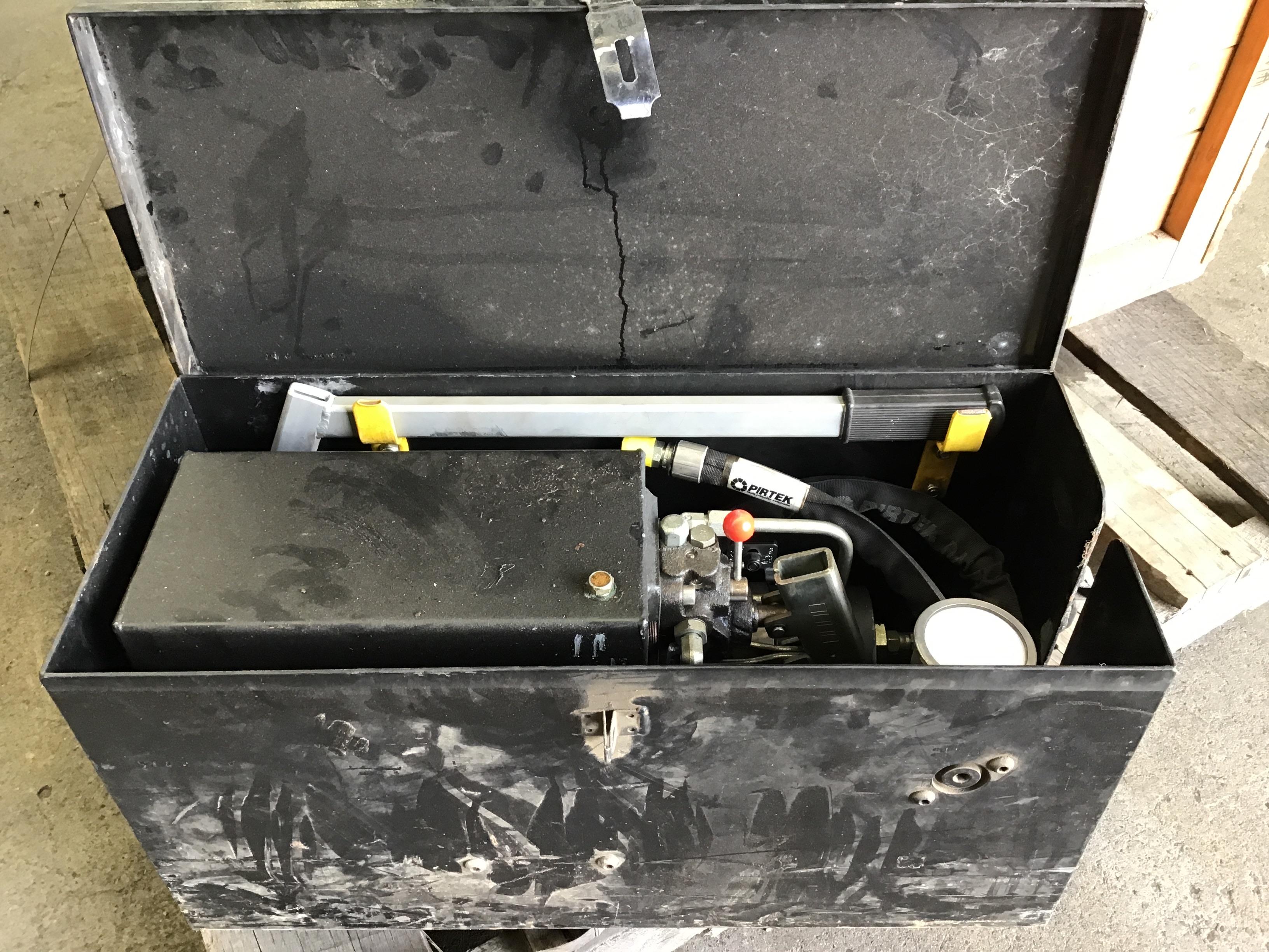Hydraulic Pressure Tester