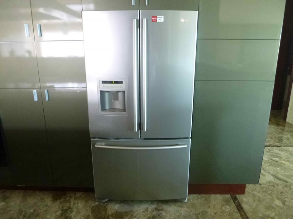 LG 2 Door Fridge/Freezer