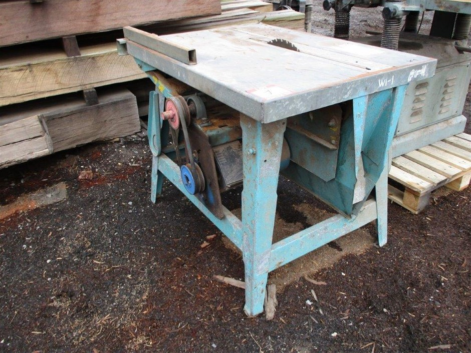 Unknown Table Saw