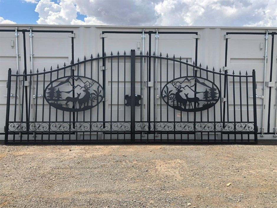 2021 Set of 2 Large Unused Animal Design Wrought Iron Style Gates