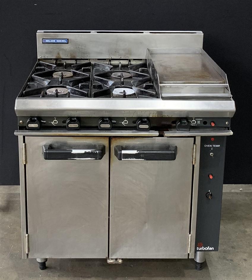 Blue Seal GE56C Gas 4 Burner Cooktop With 300mm Griddle