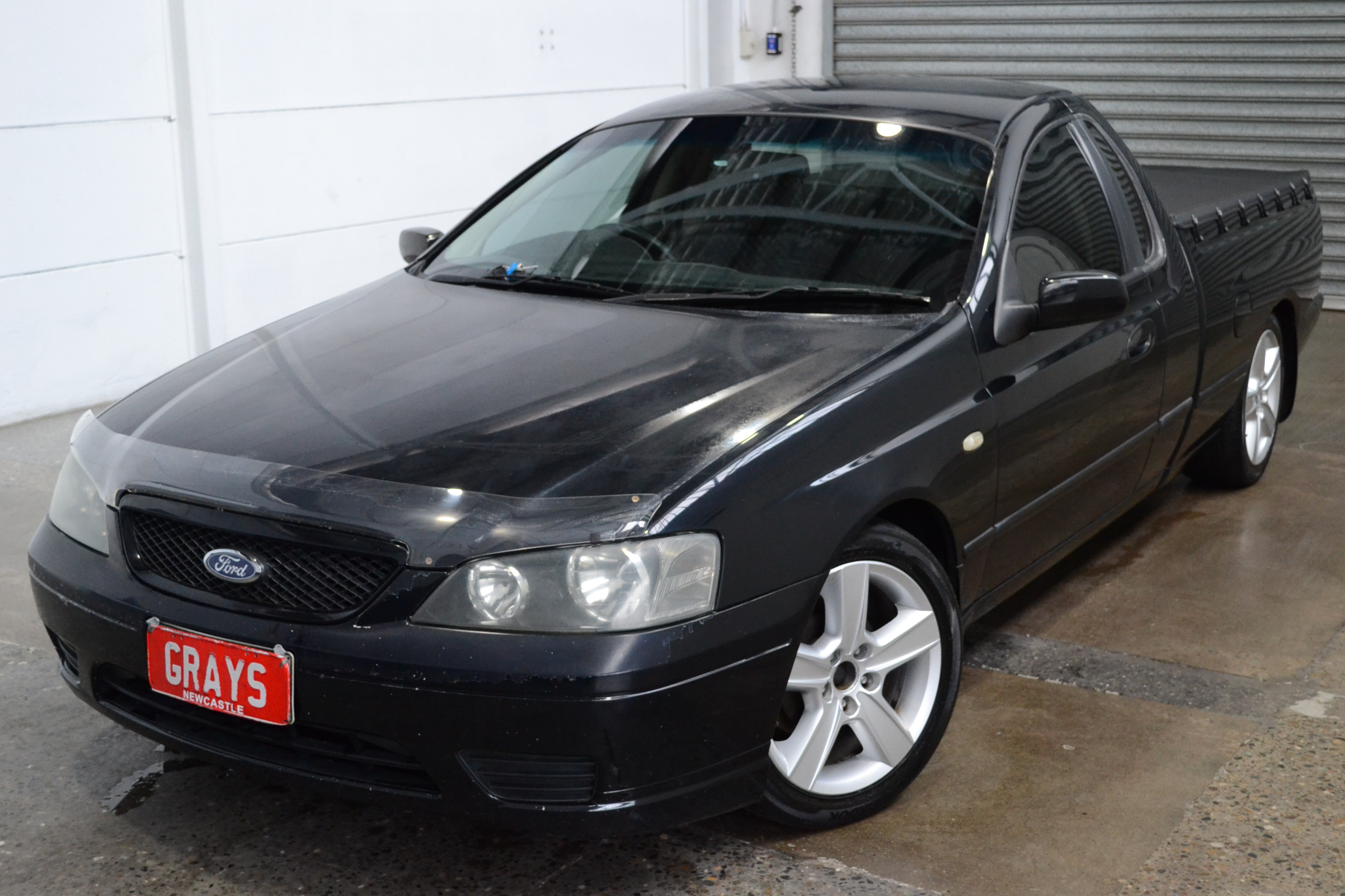2004 Ford Falcon XL BA Automatic Ute 3 seater bench seat