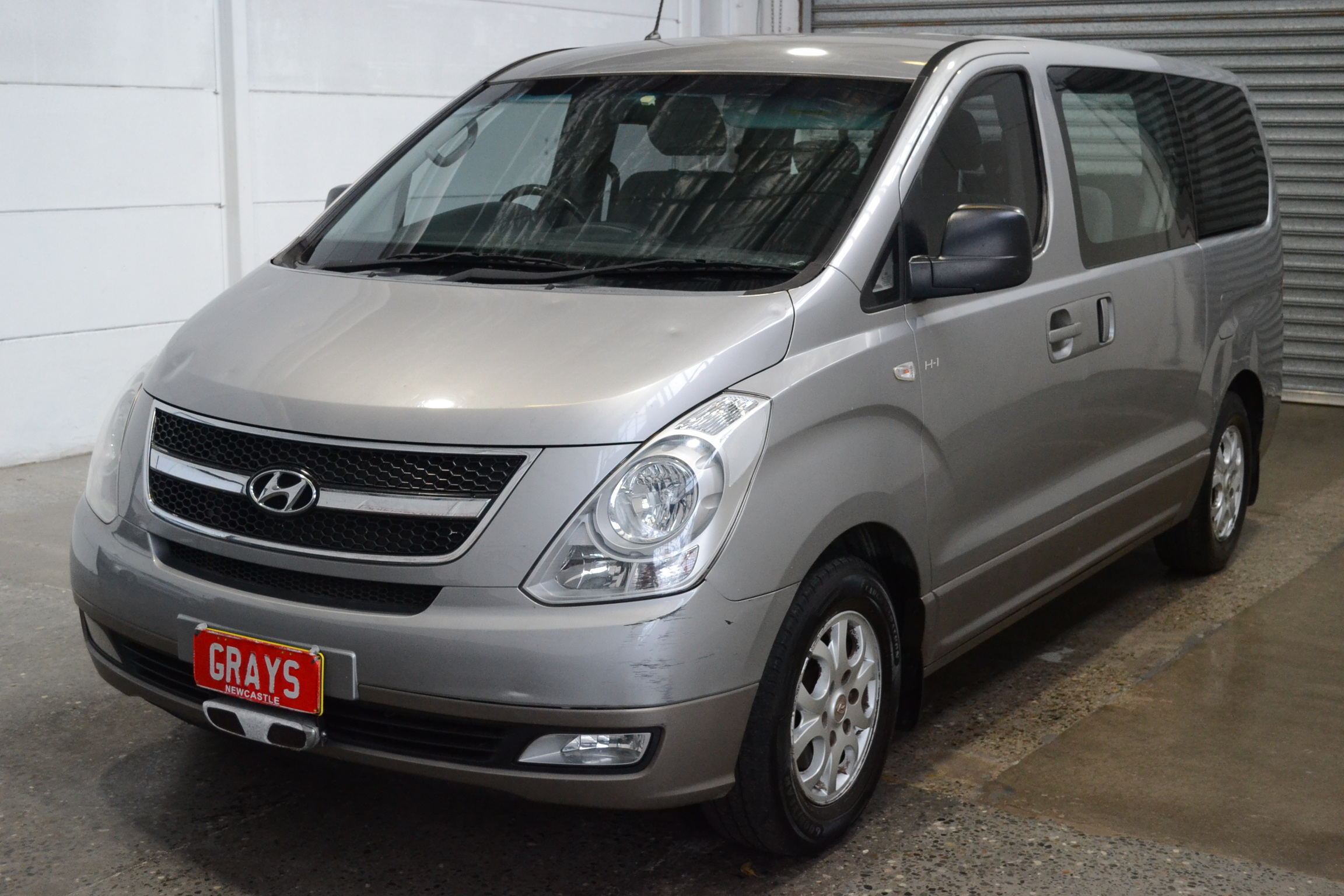 2012 Hyundai iMAX TQ Turbo Diesel Automatic 8 Seats People Mover