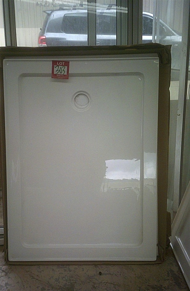 1200mm x 900mm White fibreglass acrylic shower base. Ex Display. As Is.
