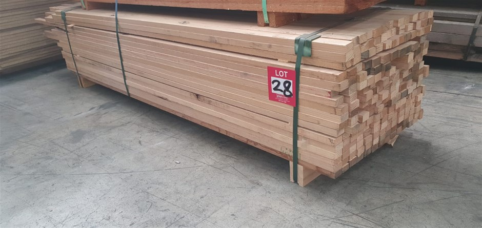 Pine battens various length 2.4 to 2.7m