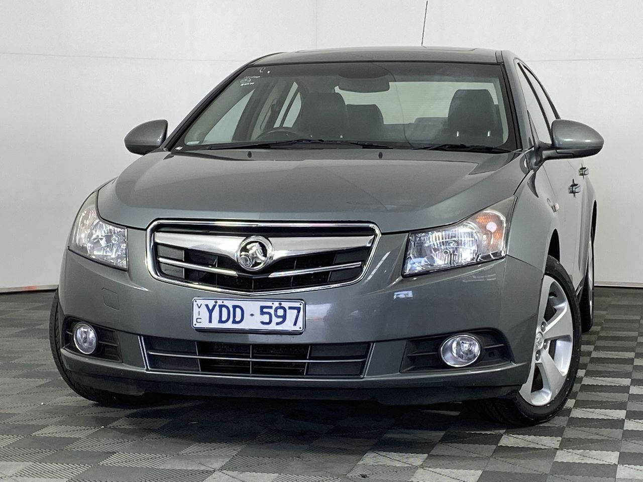 2010 Holden Cruze CDX JG Turbo Diesel Manual Sedan