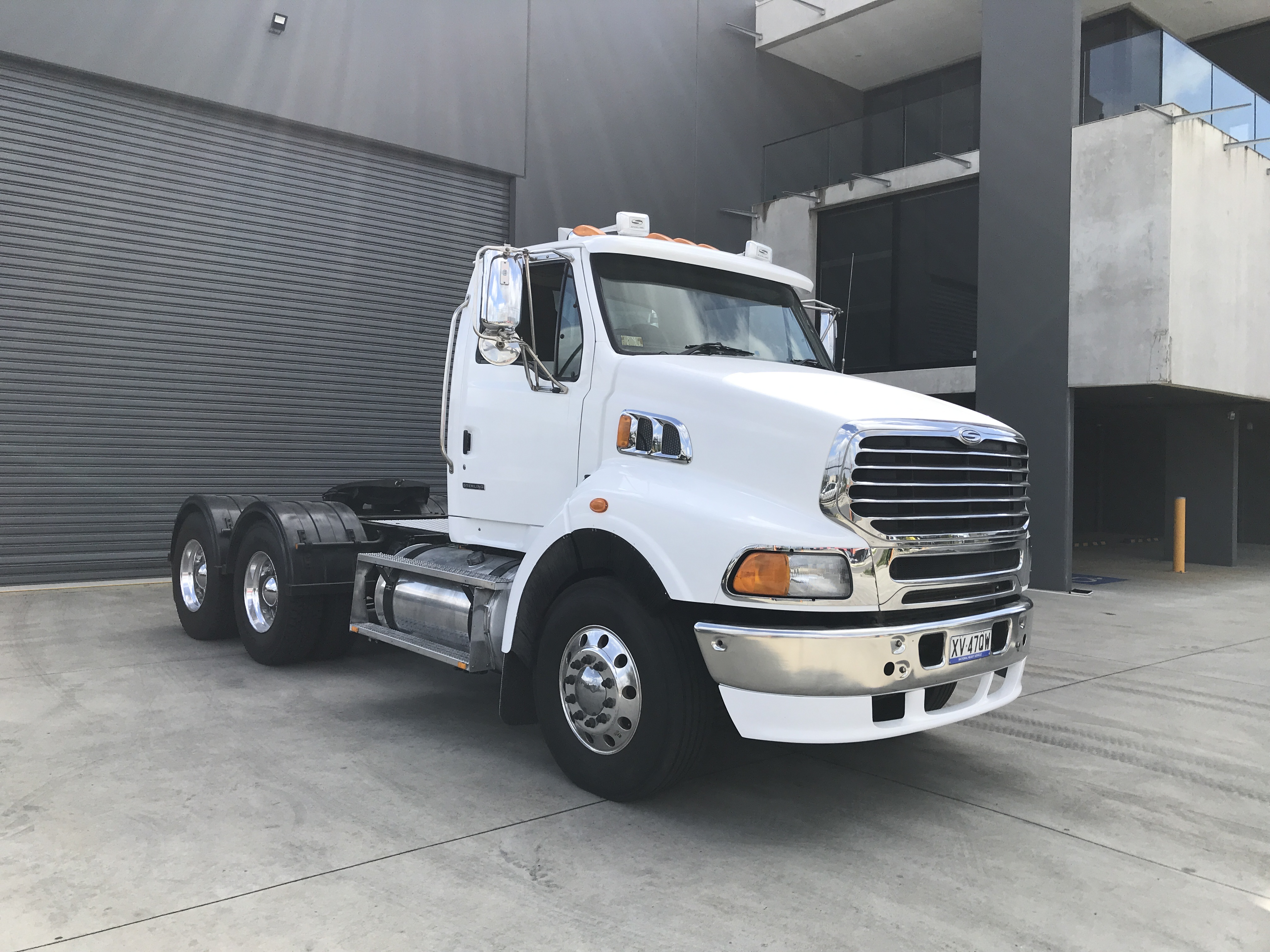 2008 Sterling LT9500 4 x 2 Prime Mover Truck