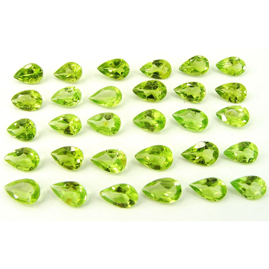 Thirty Loose Peridot, 24.00ct in Total