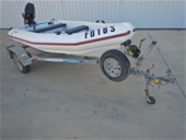 2005 MAC 360 Poly Powerboat & Anchor Winch