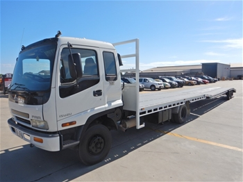 2003 Isuzu FRR500 Medium Car Carrier & Trailer, 3 Car Capacity