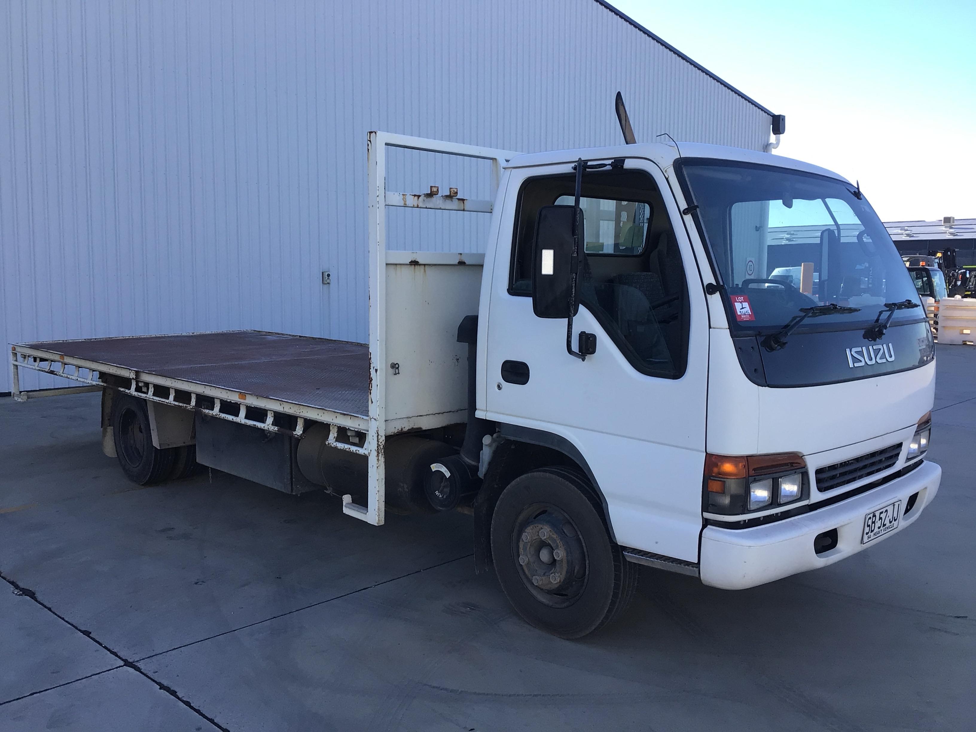 2001 Isuzu NQR450 4 x 2 Tray Body Truck