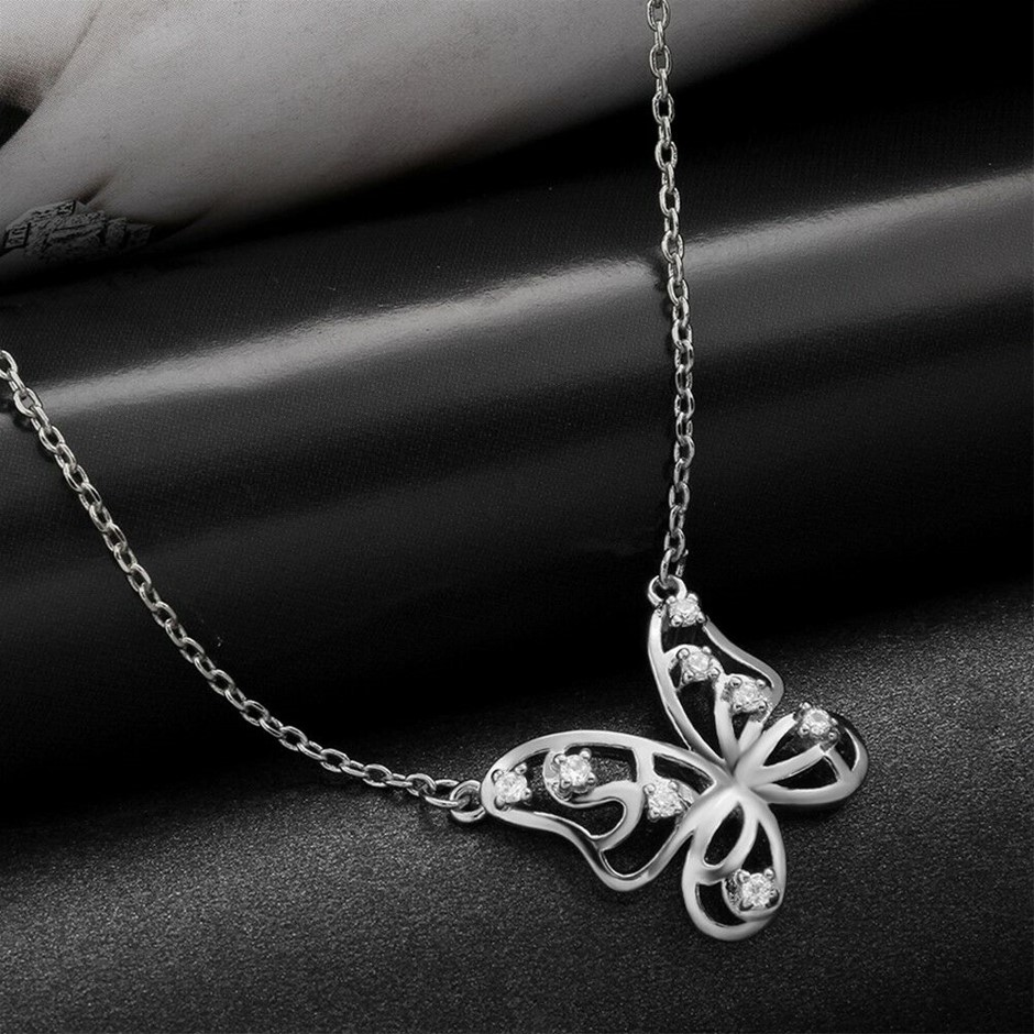 18K White Gold Filled GF Filigree Butterfly Pendant Necklace
