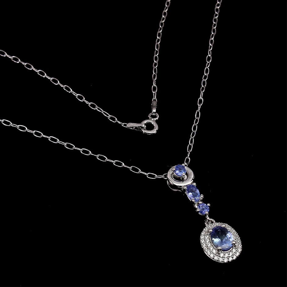 Superb Genuine Tanzanite Pendant & Chain.