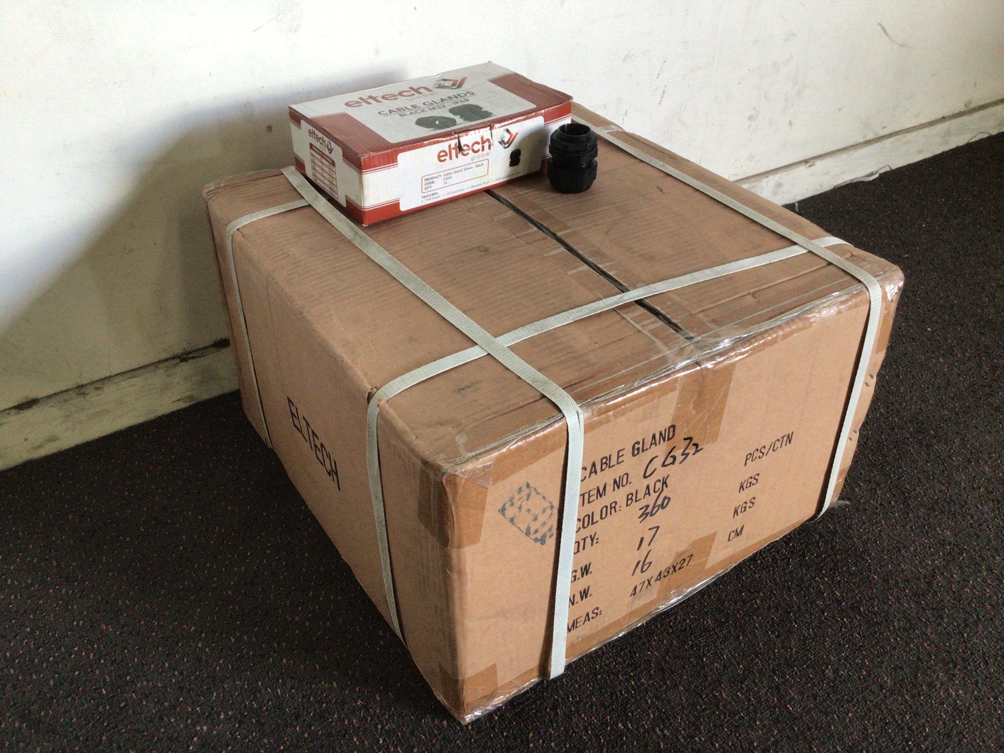 1ctn.x 24 Boxes 32mm Cable Glands