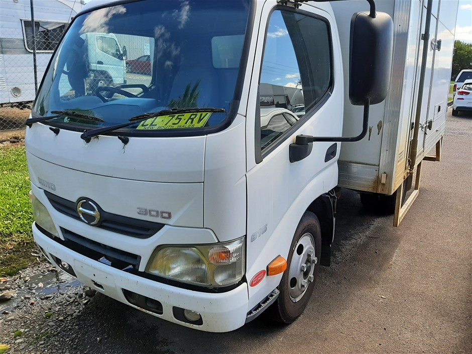 2012 Hino 3619 300 Series Refrigerated Pantech Refrigerated Body Truck
