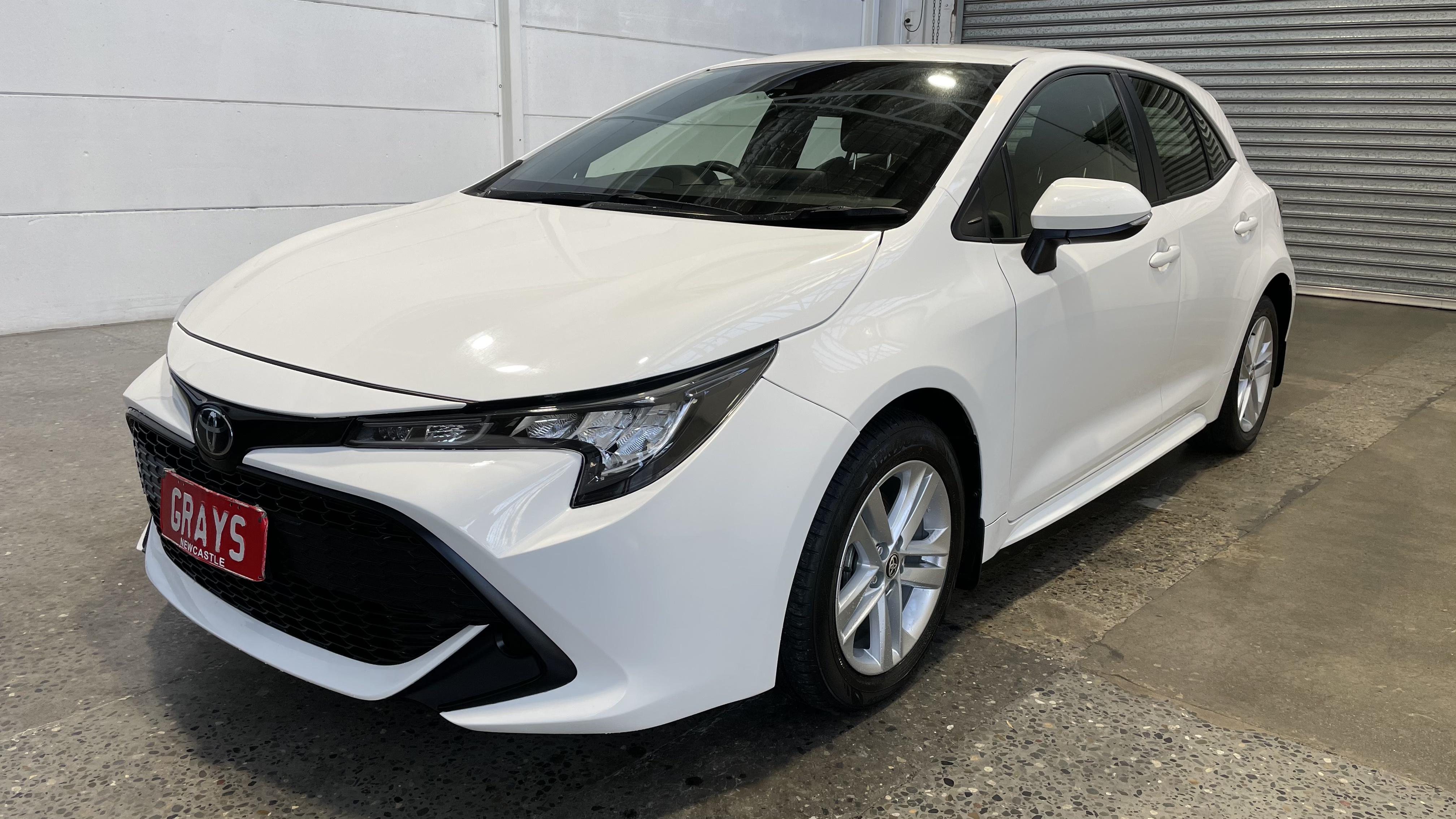 2018 Toyota Corolla Ascent Sport CVT Hatchback 33,126km Statutory Write-Off