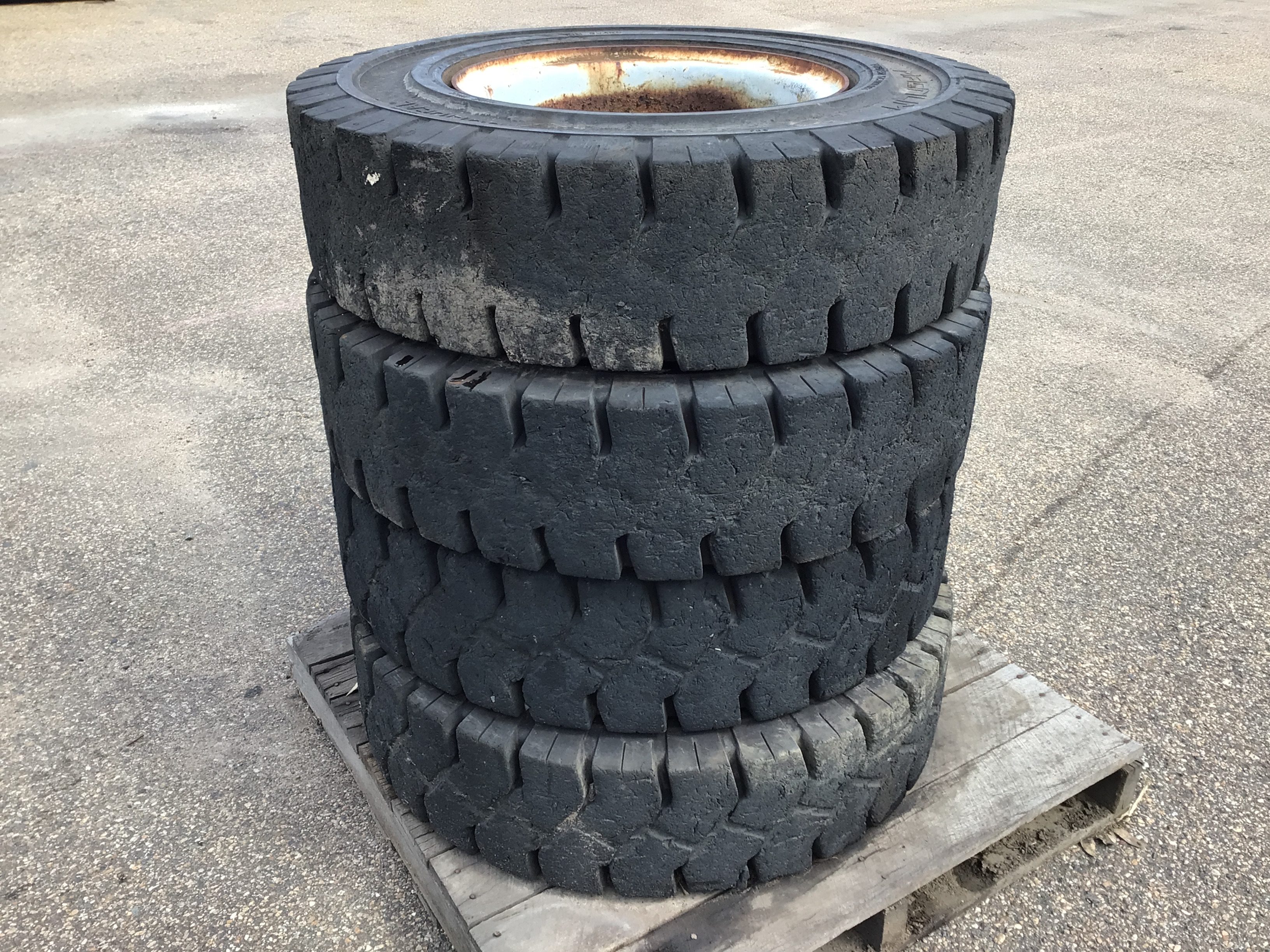 4 x Machinery Tyres and Rims