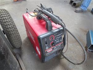 Mig Welder For Sale >> Lincoln SP-170T gasless mig welder, (portable) 240 volt ...