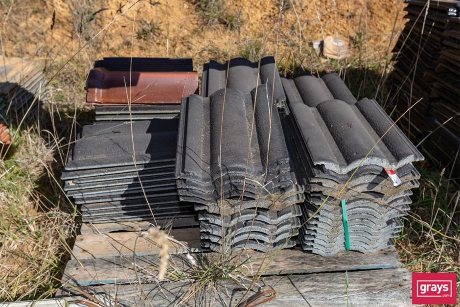 80x Assorted Concrete Roof Tiles & Capping