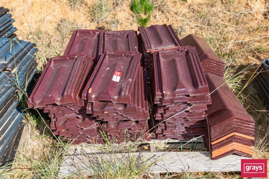 110x Terracotta Glazed Roof Tiles & Capping