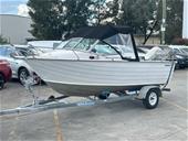 Circa 2002 485 Savage Scorpion Boat, 90 Hp etec Evinrude