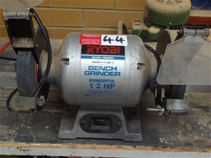 Astonishing Ryobi Hbg6Rc 150Mm Bench Grinder Not Tagged Or Tested Caraccident5 Cool Chair Designs And Ideas Caraccident5Info