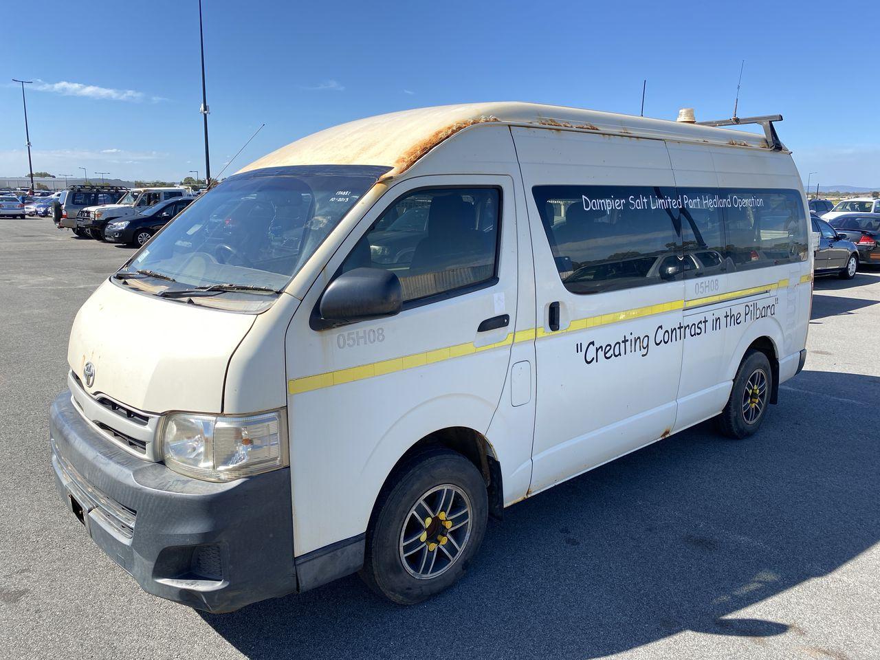 2013 Toyota Hiace Commuter KDH223R Turbo Diesel Automatic 10 Seats Bus