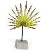 Metal Fantail Palm Leaf Table Décor - Green