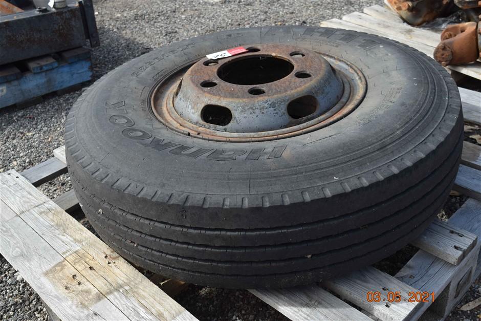 Hankook 8.25 R16 LT Tyre on 6 Stud Rim