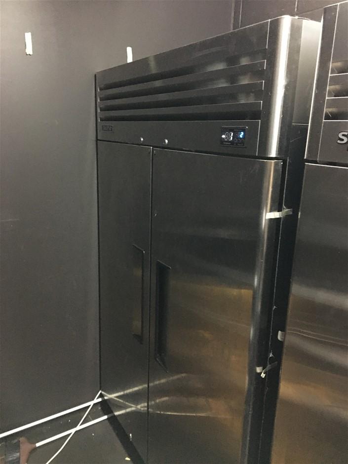 Skipid SFT45-2 Twin Door Upright Commercial Fridge