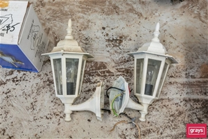 7x Assorted Outdoor Light Fittings