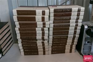 World Book Set of 28 Encyclopaedia