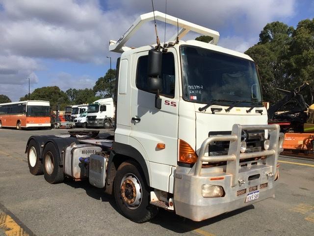 2013 Hino SS 6 x 4 Prime Mover Truck