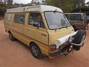 1977 Toyota Hiace Sunliner Automatic Cam