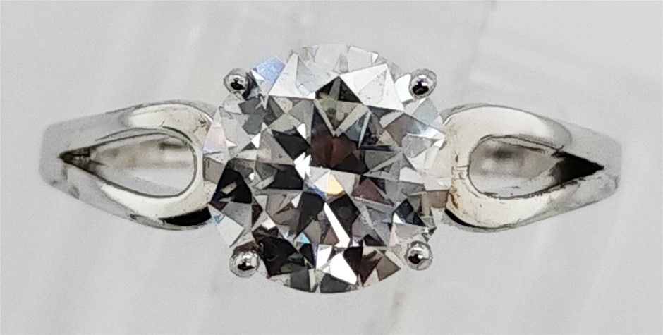 GRA Certified White Moissanite 1.70 Carats D - VVS1 Sterling Silver Ring