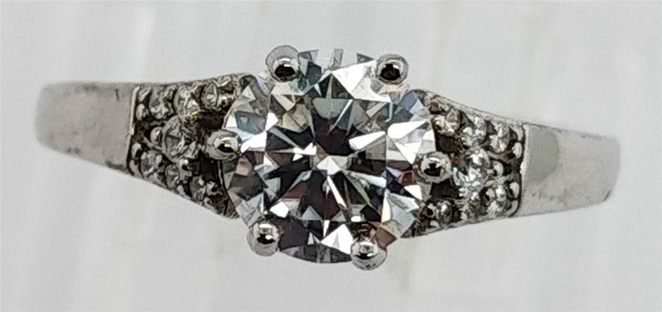 GRA Certified White Moissanite 0.92 Carat D - VVS1 Sterling Silver Ring