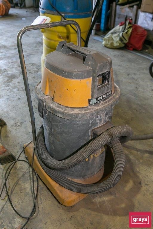 Spitwater AS400 with Hose (No accessories) Wet and Dry Shop Vacuum