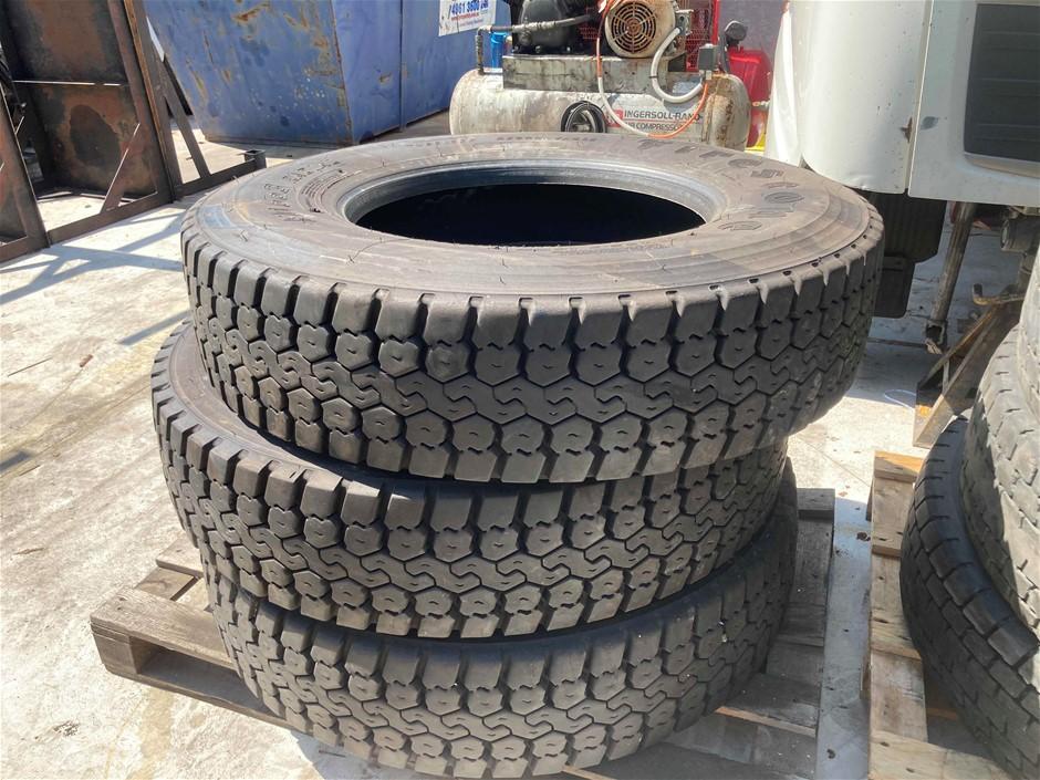 3 X 11R22.5 Firestone Fd663 Drive Tyres Cleanskins 90%