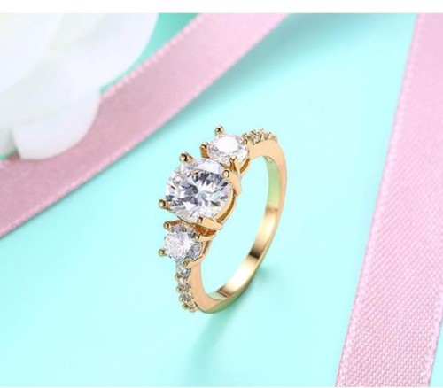 Lovely 18k Yellow Gold plated Ring Round CZ Woman ring Size 8