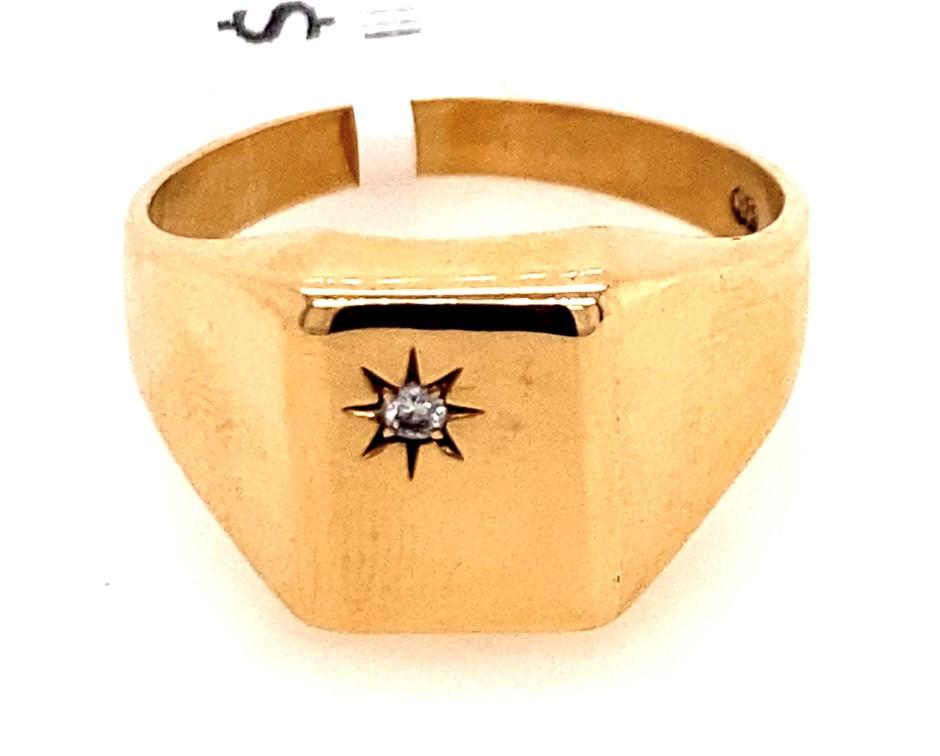 9ct Yellow gold Men's diamond signet ring