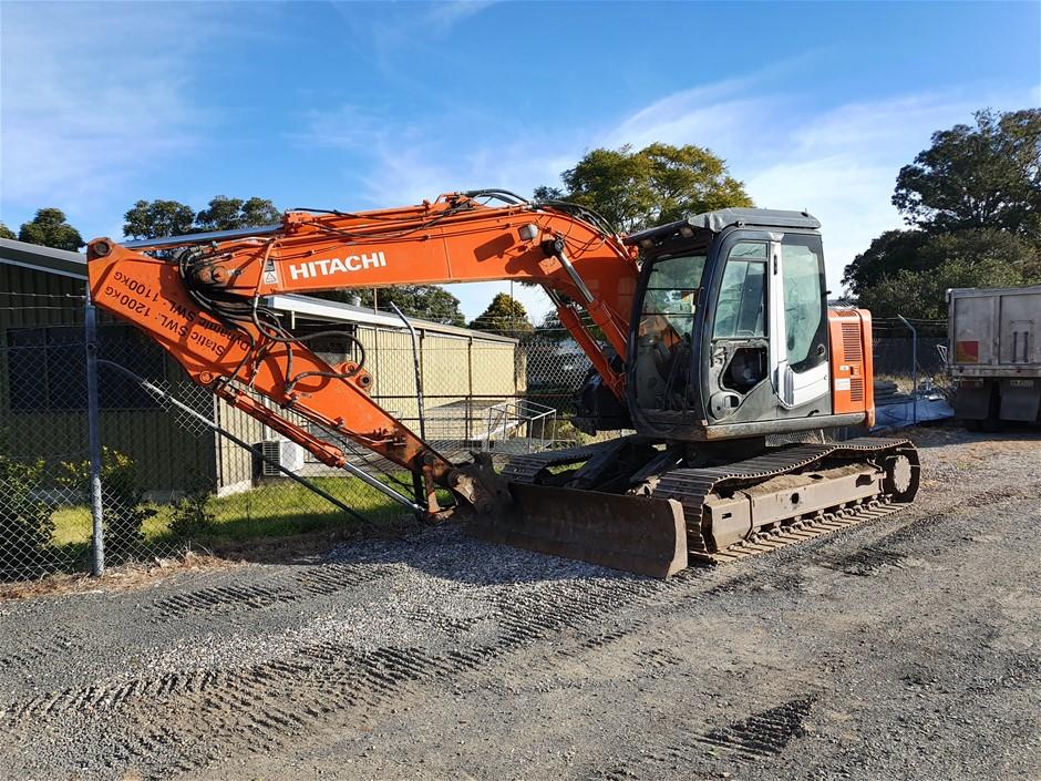 2013 Hitachi ZX135US-3 Excavator