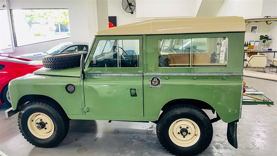 1973 Land Rover Series 3 4WD Manual